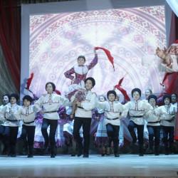 Большое мероприятие состоялось накануне в Районном Доме культуры с. Иглино — одновременное закрытие Года семьи в Республике Башкортостан и открытие Года театра.