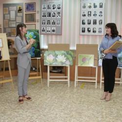 В Историко-краеведческом музее Иглинского района начала работу выставка картин «Удивительный мир»