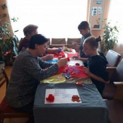"""Еще в январе этого года стартовала всероссийская акция """"Солдатский платок"""", в которой приняли более 500 детей района."""